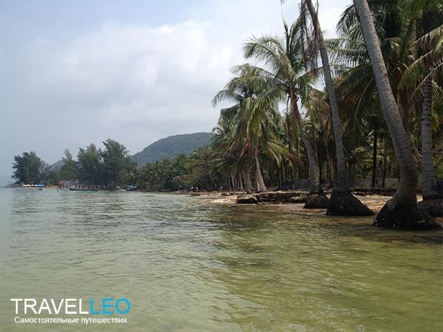 Пляж у отеля Pepрercorn Beach Resort остров Фукуок, Вьетнам