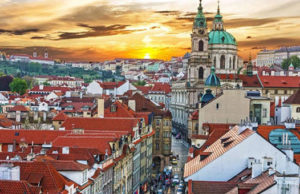 Смотрите, что нашли ! Отличный тур в Чехию с авиаперелетом из Санкт-Петербурга: перелет, трансфер, страховка, проживание в отеле от 16000 рублей за человека.