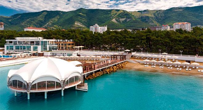 Отели в Геленджике на берегу моря - Приморье SPA Hotel & Wellness4*