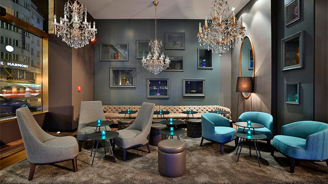 Motel One Prague 3*