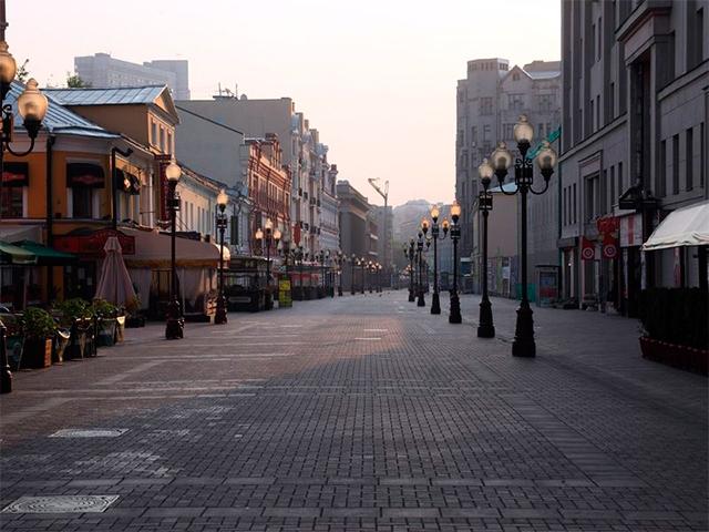 Улица Старый Арбат в Москве