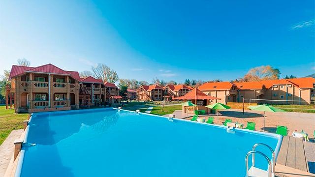 Эко-Отель Озеро Дивное 3*