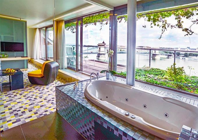 Отель Lanchid 19 Design Hotel4*