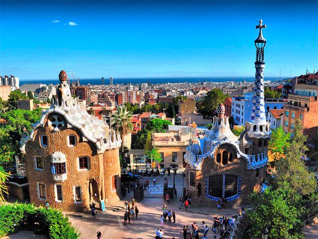 Парк Гуэль и дом-музей Гауди в Барселоне